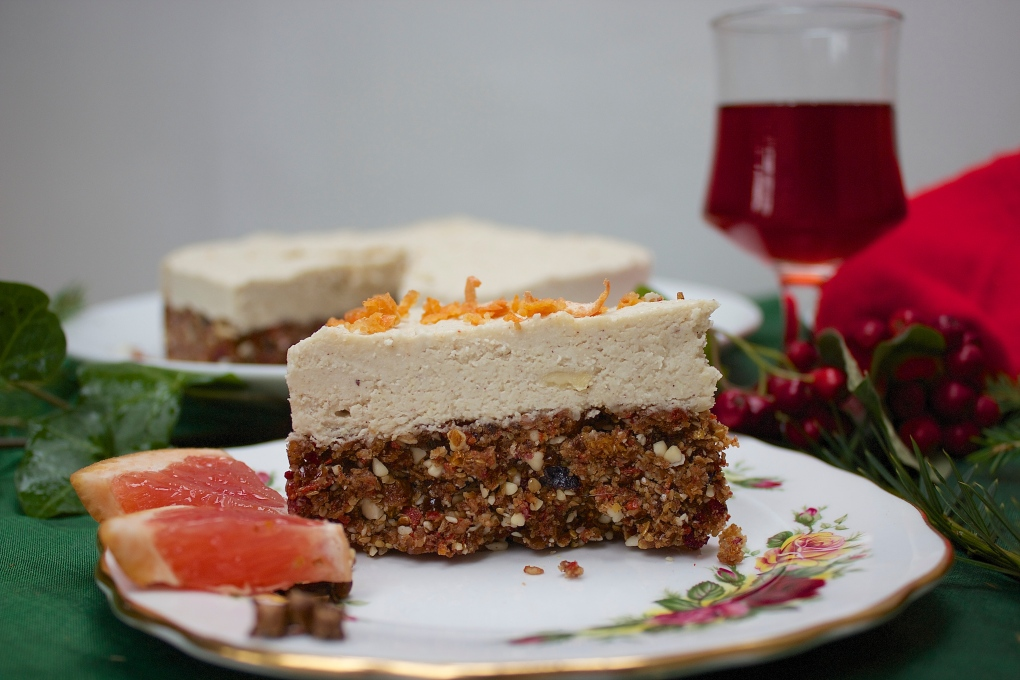 Raw Healthy Christmas Cake
